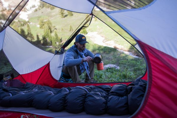 -6˚Celsius Duck Down Sleeping Bag under tent