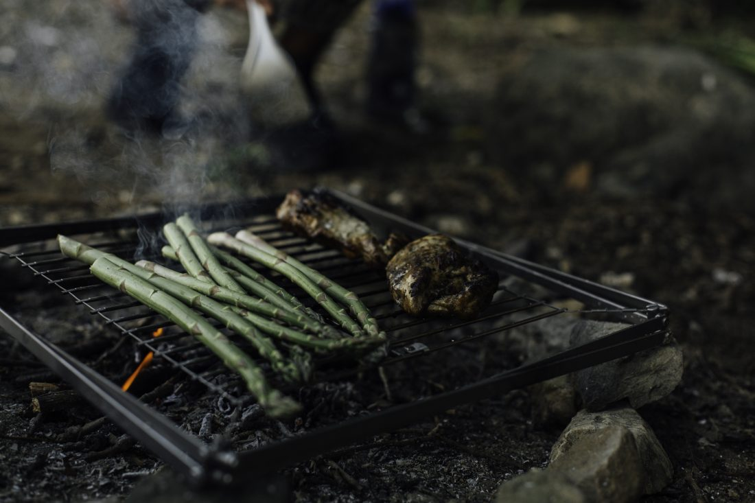 Camping Grill flat mode lifestyle