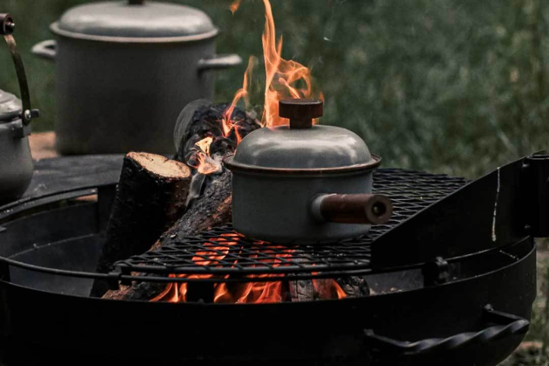 Enamel Saucepan on the campfire