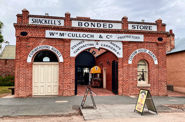 Old store in Echuca