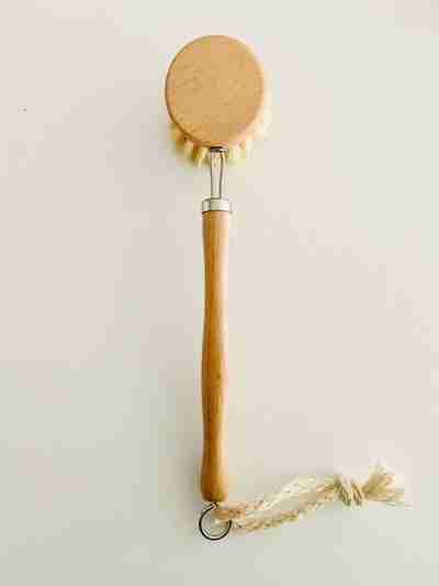 Long Handled Pot brush